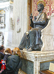 58-st-peter-bronze-statue